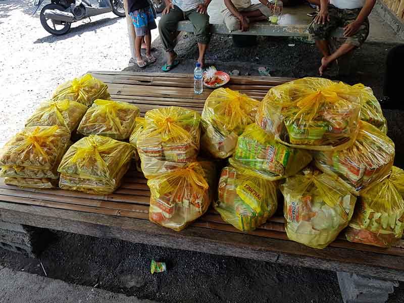 voedselpakketten project Bali Indonesië